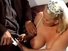 Nice pregnant bride sucks hard cock